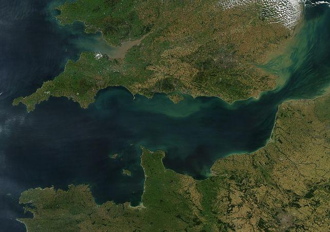 Kanał la Manche oddziela Wielką Brytanię od reszty Europy