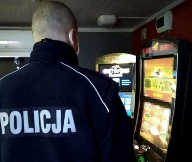 Mazowieckie. Policja przejęła ponad 200 automatów do gier hazardowych