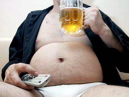 2 na 3 mężczyzn ma nadwagę, ale nie ma zamiaru chudnąć. Efekt społecznego przyzwolenia?