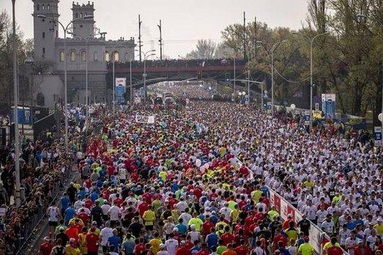 Utrudnienia w Warszawie w związku z Orlen Warsaw Marathon
