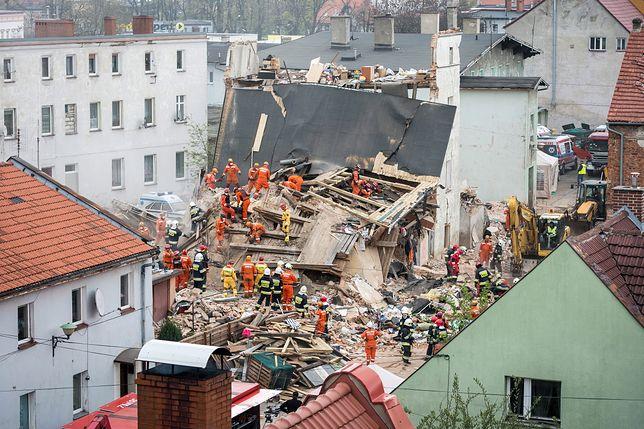 Katastrofa budowlana w Świebodzicach, zginęło sześć osób. Jest decyzja prokuratury