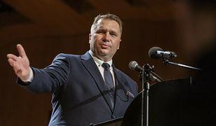 """""""Wolna Szkoła"""" publikuje nowy spot. W roli głównej słowa Czarnka"""