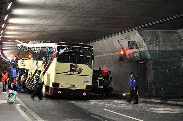 Kierowca autokaru, który rozbił się w Szwajcarii, był trzeźwy
