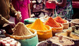 Szlakiem curry po Delhi - te miejsca to punkty obowiązkowe dla smakoszy