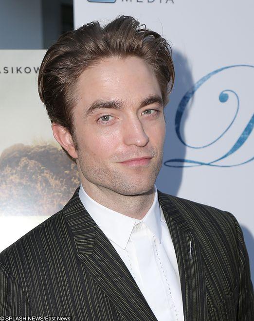 "Robert Pattinson na promocji filmu ""Damsel''"