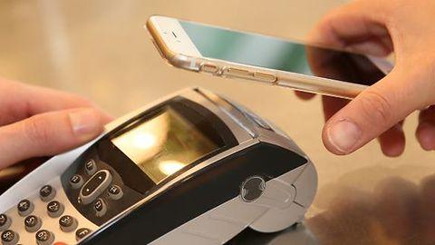 Błyskawiczne przelewy na telefon BLIKIEM dostępne dla klientów mBanku #prasówka