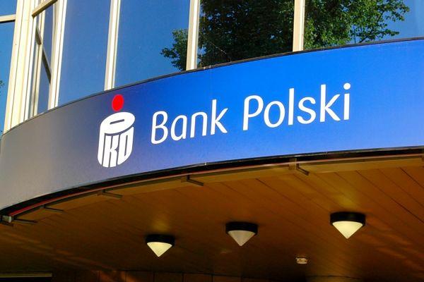 PKO BP to uniwersalny bank depozytowo-kredytowy