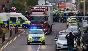 """Wielka Brytania. 39 ciał w ciężarówce w Essex. """"Zamarzli w metalowej trumnie"""""""