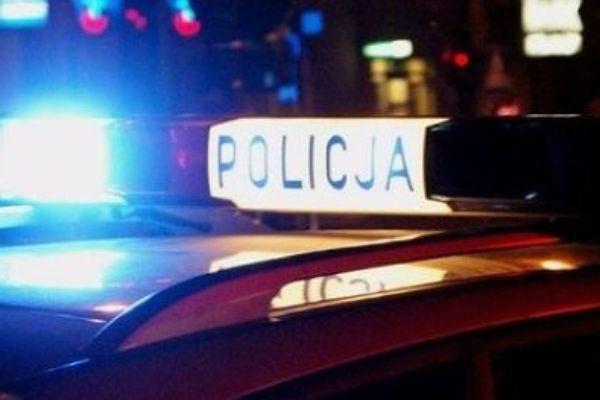 Policjanci z Warszawy i Trzebnicy uchronili przed śmiercią młodego mężczyznę