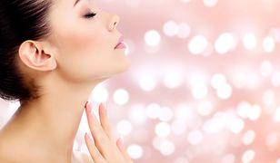 Choroby tarczycy a stan skóry, włosów i paznokci. Jak je pielęgnować?