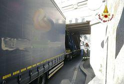 Genua: polski kierowca zablokował ruch. Utknął pod wiaduktem