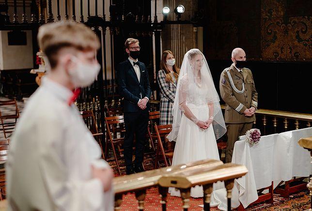 Ślub w czasie pandemii koronawirusa