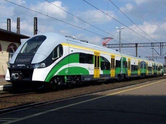 Utrudnienia na kolei. Wiele pociągów opóźnionych
