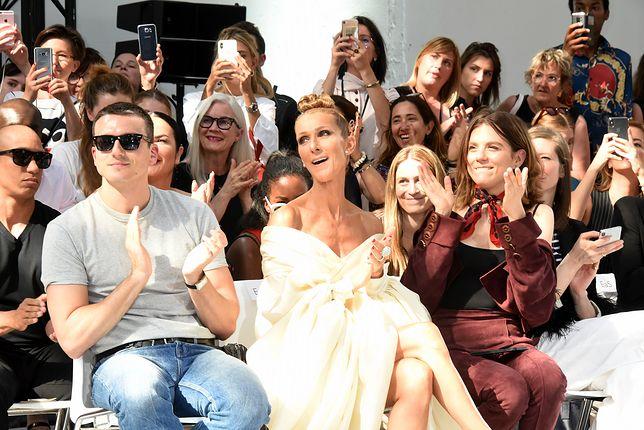 Morgane Polanski obok Celine Dion na pokazie mody