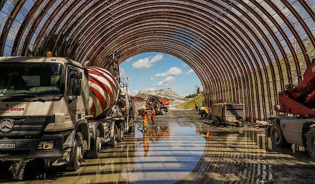 Budowa tunelu na Zakopiance, wzdłuż trasy S7 na odcinku Lubień - Rabka