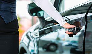 Auta dla posłów. W przyszłym roku dostaną 6 nowych aut za ponad 700 tys. zł
