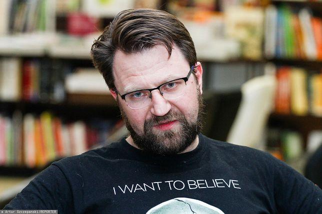 Jakub Ćwiek wydał niedawno kolejną powieść, a w Storytel ukazało się słuchowisko z jego scenariuszem