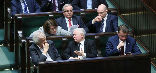 Kongres PiS wywróci partię do góry nogami? Tych osób może pozbyć się Kaczyński
