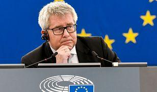 Ryszard Czarnecki zyska na decyzji PE. Dla twardego jądra PiS stał się męczennikiem