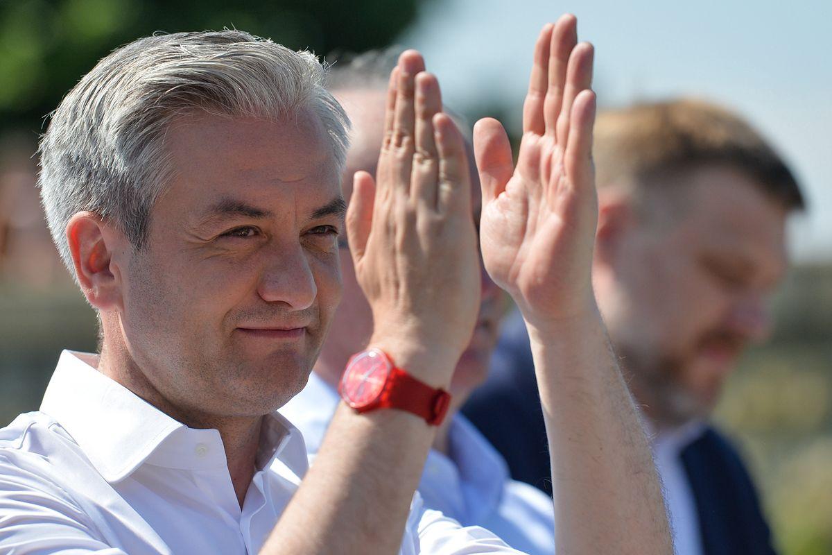 Robert Biedroń powalczy o spójną politykę UE ws. marihuany leczniczej