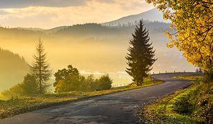 Najpiękniejsze polskie drogi, czyli relaks z kierownicą