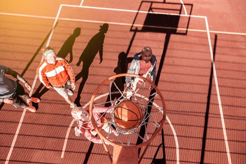 Tradycyjna koszykówka, a 3x3 - czym się różnią?
