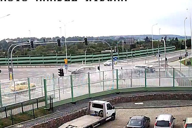Tragiczny wypadek w Malborku. 7 osób trafiło do szpitala
