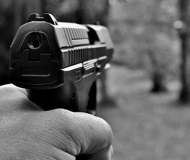 Będzinianin groził pistoletem przypadkowym osobom.