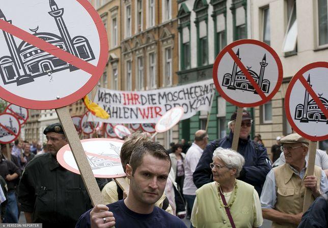 Niemcy. Jedna z manifestacji antyislamskich