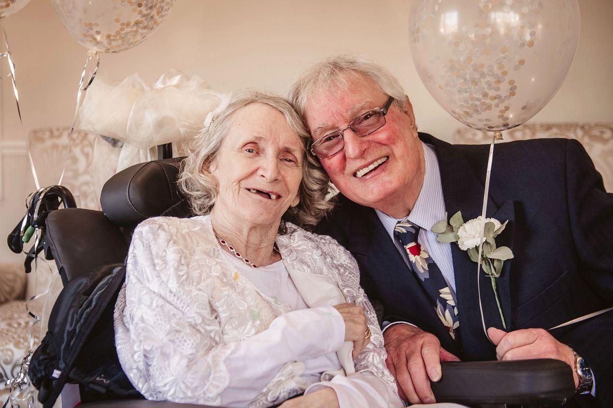 Co roku oświadczał się ukochanej. Odmawiała przez 40 lat