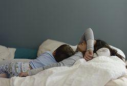 Życie intymne rodziców z noworodkiem w sypialni. Psychoseksuolożka obala krzywdzące mity