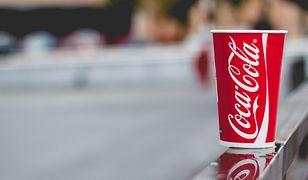 Coca-Cola walczy z zanieczyszczeniem planety i stawia recyklomaty w Warszawie