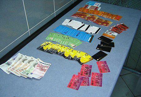 Okradający bankomaty złapani na gorącym uczynku