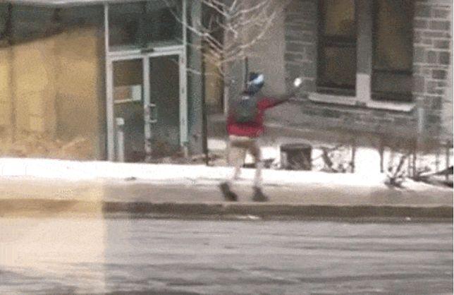 Dosłownie zjechał po chodniku. Internauci płaczą ze śmiechu