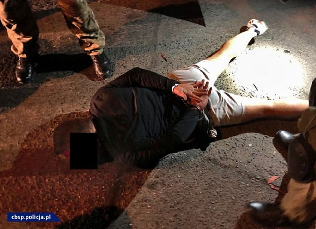 Lubin. Policjanci z CBŚP zatrzymali sześć osób, w tym szefa gangu