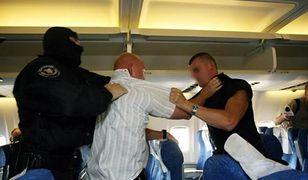 Pijani pasażerowie zmorą polskich lotnisk