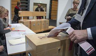 Vuczić: Serbowie głosowali za integracją z UE i bliskimi relacjami z Rosją