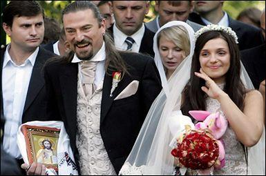 Córka Tymoszenko wyszła za rockmana