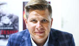 Filip Chajzer naśladuje Zenka Martyniuka. Jego śpiew rozbawił fanów