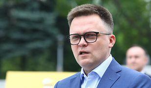 """Radni walczyli z """"ideologią LGBT"""" i są w Polsce 2050. Hołownia tłumaczy"""
