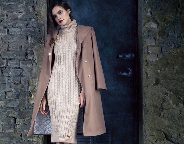 Sukienka swetrowa świetne wygląda z długim płaszczem