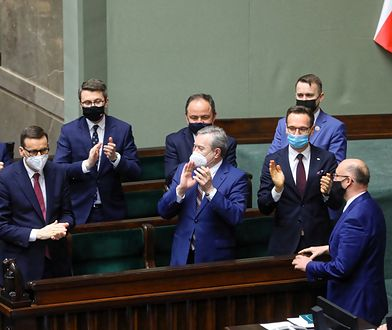 Sejm za Funduszem Odbudowy. Co ze Zjednoczą Prawicą? Głos z rządu