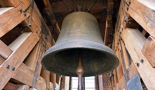 Koronawirus w Polsce. W południe zabiły kościelne dzwony. Wzywały do modlitwy