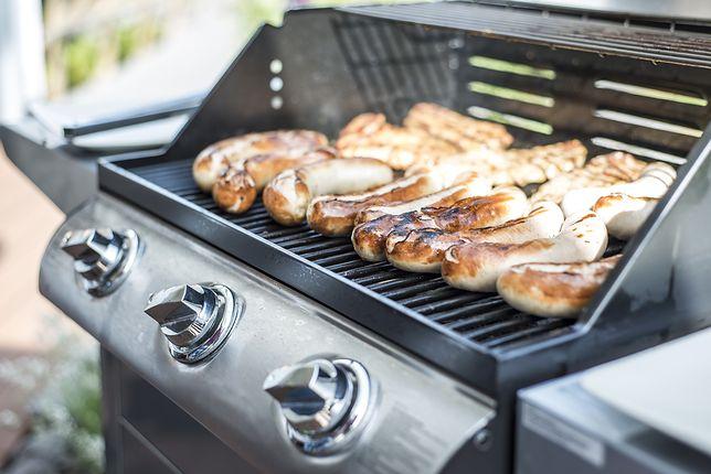 Przygotowane na grillu gazowym potrawy są dużo zdrowsze od przyrządzonych na tradycyjnych grillach węglowych.