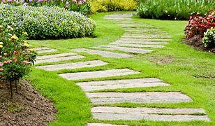 Ścieżki w ogrodzie. Galeria zdjęć ogrodów
