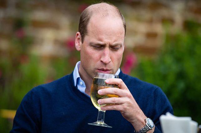 Książę William podobno przesadza z alkoholem