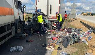 Wypadek pod Piotrkowem Trybunalskim. Zderzenie na Autostradzie Bursztynowej w Gąskach