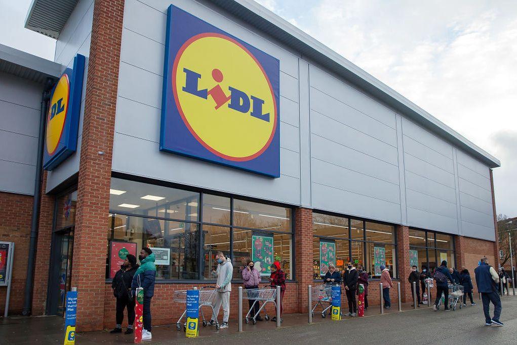 Lidl zamierza skorzystać z okazji i otworzyć swoje sklepy w każdą niedzielę