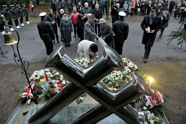 """W Szczecinie już w piątek uczczono ofiary katastrofy """"Jana Heweliusza"""""""