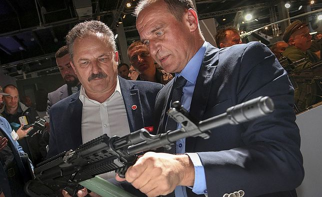 Broń dla każdego Polaka? Najnowszy sondaż dla WP